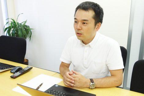 代表税理士 加藤慎吾 様